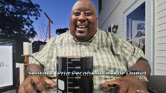 Minum 2 Liter Soda Dalam 20 Detik, Seorang Pria Pecahkan Rekor Dunia